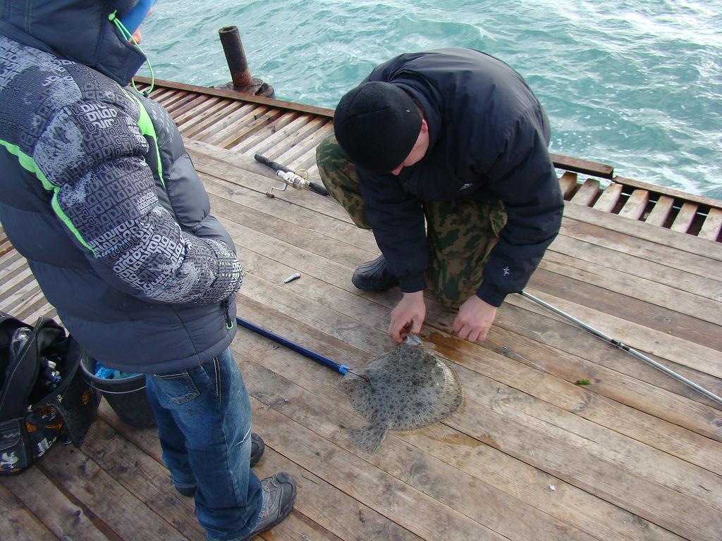 рыбалка на черном море с берега май