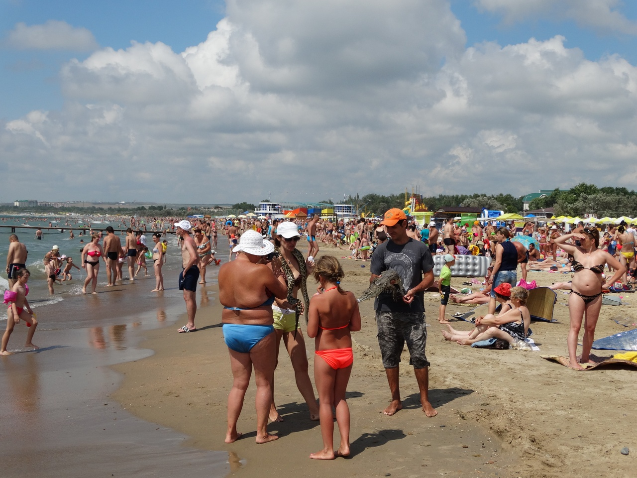 Фото отдыхающих с пляжей анапы