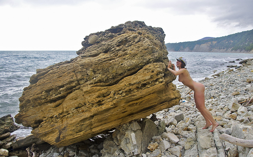 Нудистские пляжи Черногории